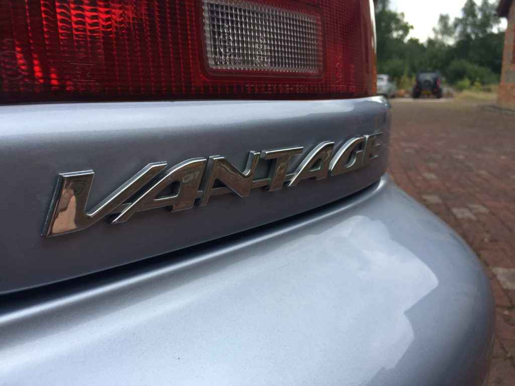aston-martin-db7-vantage-volante-silver-6