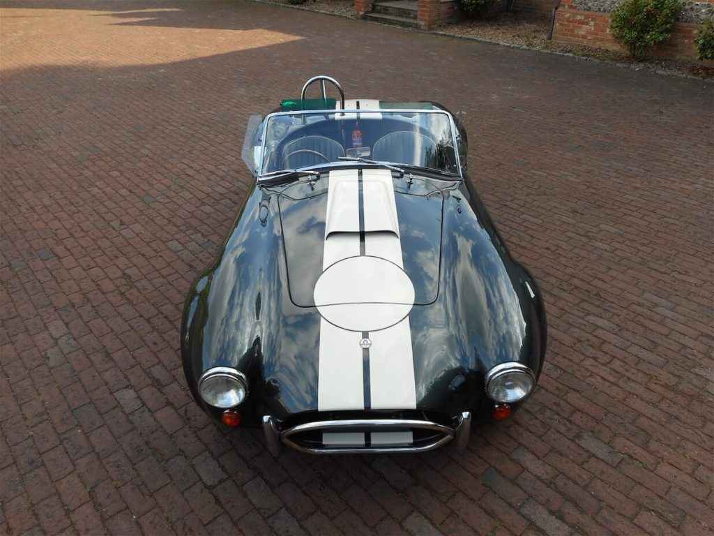 ac-cobra-lightweight-green-3