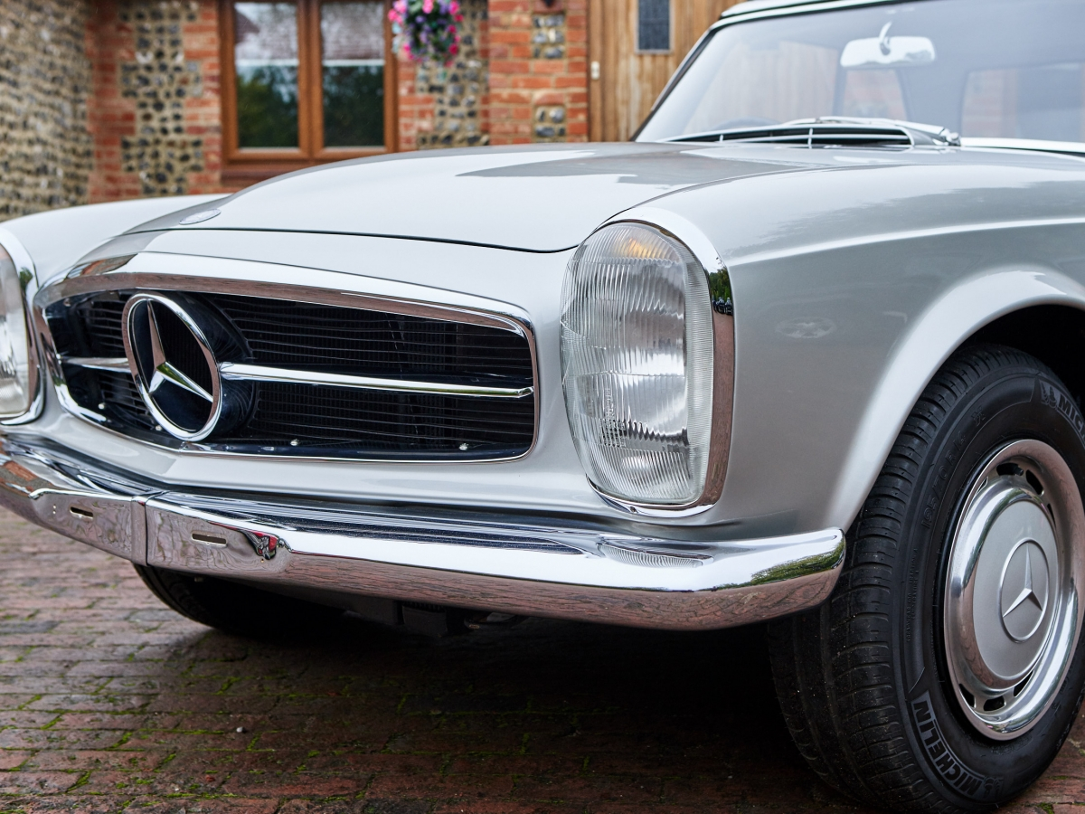 Mercedes 280SL Pagoda for sale | Redline Classic Cars | London & Surrey