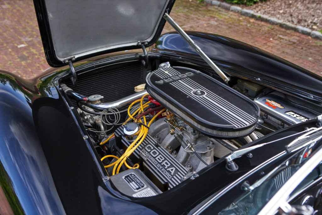 ford-v8-engine