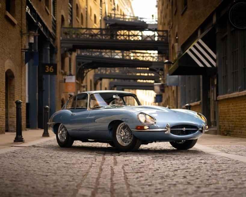 Jaguar E-Type on the streets of London