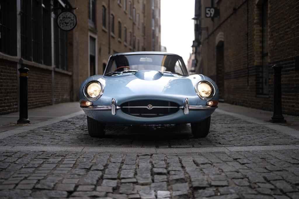 Opalescent Silver Blue Jaguar E-Type